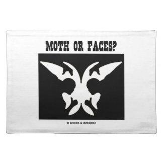 Motte oder Gesichter? (Optische Illusion Schwarz-w Tisch Sets