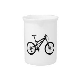 Mountainbike - Schwarzes auf Weiß Getränke Pitcher