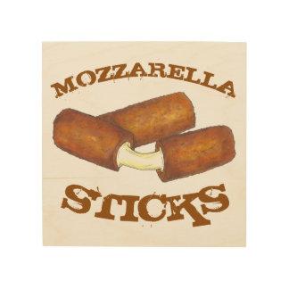 Mozzarella-Käse haftet Holzleinwand