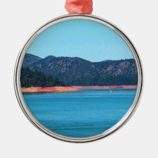Mt Shasta Rundes Silberfarbenes Ornament
