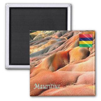 MU - Mauritius - Chamarel - farbige Erde Quadratischer Magnet