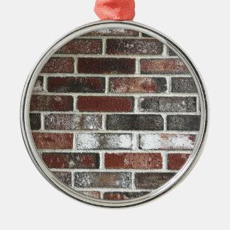 Multi FarbBacksteinmauer mit Rottönen, Weiß und Silbernes Ornament