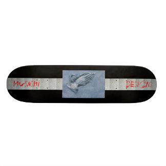 Musashi entwirft Durers betende Hände Individuelle Skateboards