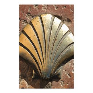 Muschelzeichen Goldel Camino, Plasterung, Leon, Briefpapier