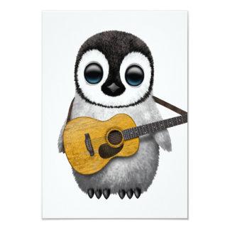 Musikalischer Baby-Pinguin, der Gitarre spielt 8,9 X 12,7 Cm Einladungskarte
