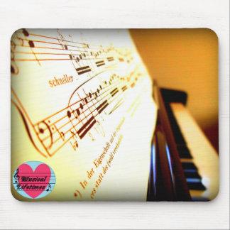 Musikalisches Lebenszeit-Klavier befestigt Mousepad