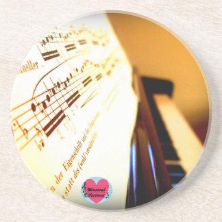 Musikalisches Lebenszeit-Klavier befestigt Untersetzer