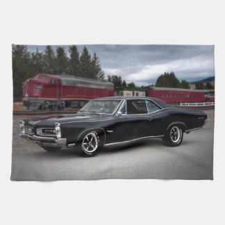 Muskel-Auto-sich fortbewegender Zug 1966 Pontiacs Geschirrtuch