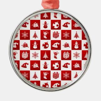 Muster des neuen Jahres. Rot und Weiß. 2018. Silbernes Ornament
