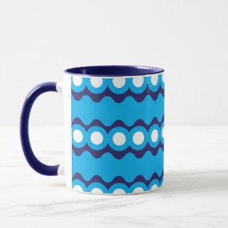 Mutiges aquamarines Türkis-Blau bewegt wellenartig Tasse