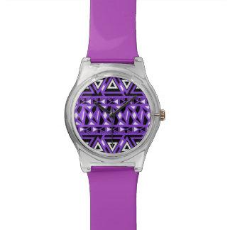 Mutiges Stammes- Lila Uhr