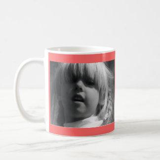 Mutterschaft schaukelt einfache kaffeetasse