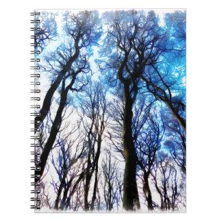 Mysteriöse Bäume Spiral Notizblock