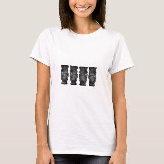 Mystische asiatische Artefakte T-Shirt