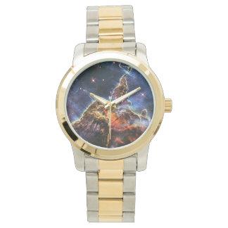 Mystischer Berg in der Raum NASA Armbanduhr
