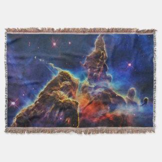 Mystischer Berg in der Raum NASA Decke