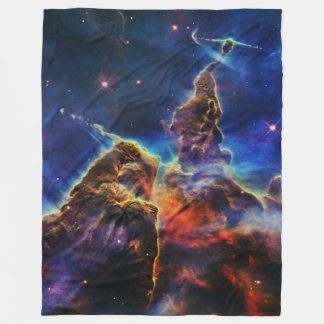 Mystischer Berg in der Raum NASA Fleecedecke