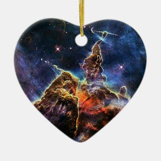 Mystischer Berg in der Raum NASA Keramik Herz-Ornament
