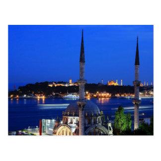 Nachtansicht der populären Orte von Istanbul Postkarte