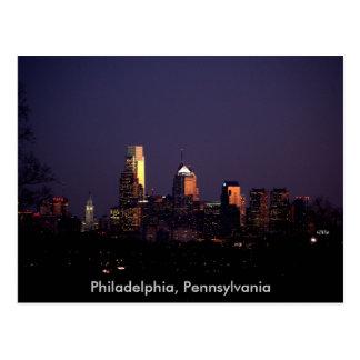 Nachtzeit-Skyline Philadelphias Pennsylvania Postkarten