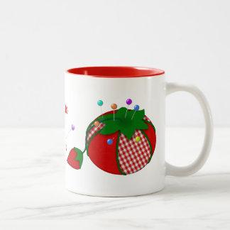 Nadelkissen personalisiert für die die Liebe-Nähen Zweifarbige Tasse