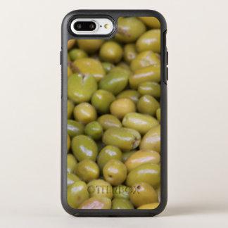 Nah oben von den grünen Oliven OtterBox Symmetry iPhone 8 Plus/7 Plus Hülle
