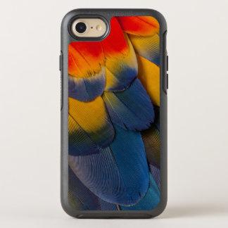 Nah oben von den Macaw-Federn OtterBox Symmetry iPhone 8/7 Hülle