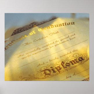 Nahaufnahme des Diploms, Zertifikat des Abschlusse Poster
