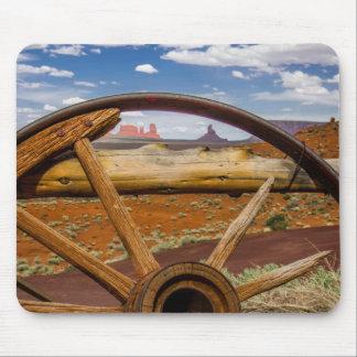 Nahes hohes des Lastwagenrades, Arizona Mousepad