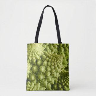 Nahes hohes des Romanesco Brokkoli-Gemüses Tasche