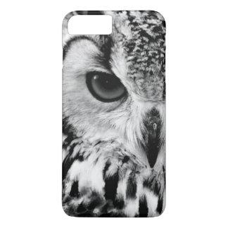 Nahes hohes Porträt der eurasischen Eagle-Eule iPhone 7 Plus Hülle