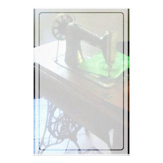 Nähmaschine mit grünem Stoff Briefpapier