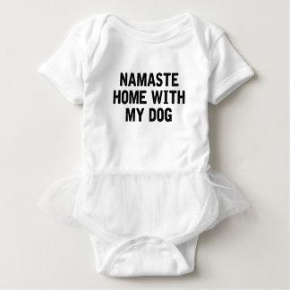 Namaste Hund Baby Strampler