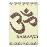 Namaste mit OM-Symbol Brown und Creme iPad Mini Cover