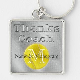 NAME und MONOGRAMM Dank-Trainer-Tennis Keychain Silberfarbener Quadratischer Schlüsselanhänger