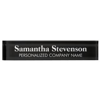 Namensschild des personalisierten Schreibtisches