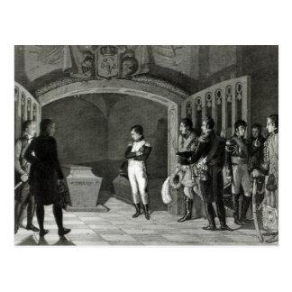 Napoleon, der vor dem Grab meditiert Postkarte