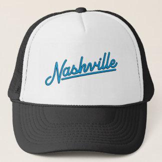 Nashville in Cyan-blauem Truckerkappe