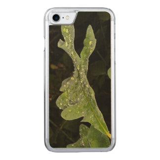 Nasses Eichen-Blatt Carved iPhone 8/7 Hülle