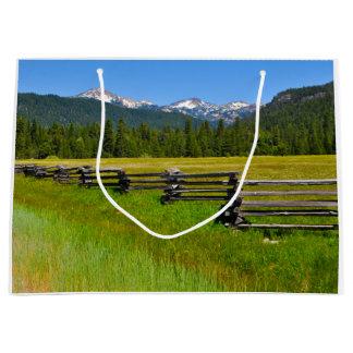 Nationalpark Berg-Lassens in Kalifornien Große Geschenktüte