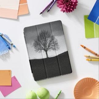 Natur in Schwarzweiss iPad Air Hülle