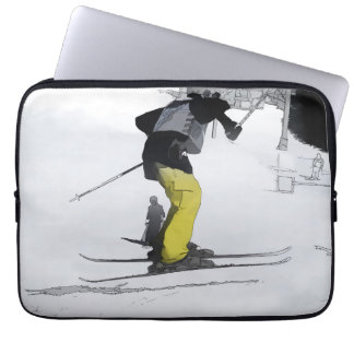 Natürliches Hoch - Ski-Sprungs-Landung Laptop Sleeve
