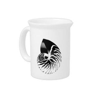 Nautilus-Muschel - Schwarzes, Grau und Weiß Krug