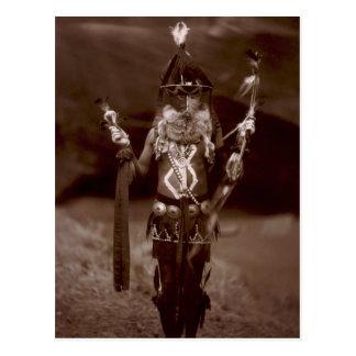Navajomann im zeremoniellen Kleid Postkarte