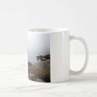 Nebel auf Jordanien-Teich Kaffeetasse
