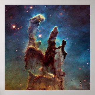 Nebelfleck-Säulen HDRs Eagle der Schaffung Poster
