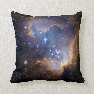 Nebelfleck spielt Galaxie die Hauptrolle Kissen