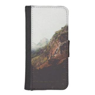 Nebelhafte Berge, entspannende iPhone SE/5/5s Geldbeutel