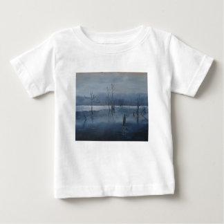 Nebelhaftes Wasser Baby T-shirt