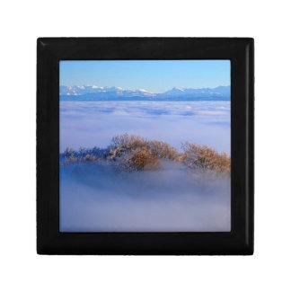 Nebelmeer  im Jura, schweizer Alpen, Schweiz Kleine Quadratische Schatulle